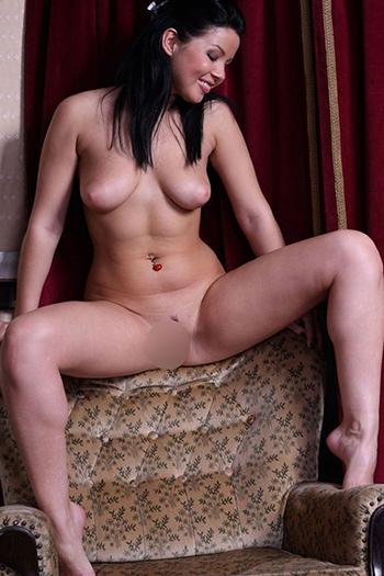 Escort Berlin Callgirl Sunny Hausbesuche Sex Hotelbesuche