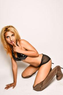 Anal Sex mit Aylin zierliches Escort Teenie aus der Türkei