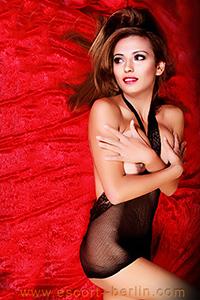 Dajana - Intensive Sex und Erotik Stunden mit Escort Türkin in Berlin