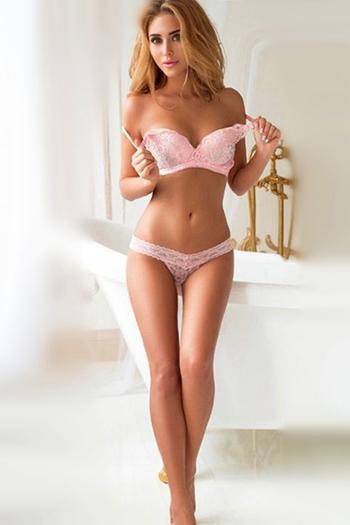 Escort Berlin Callgirl Denica Hausbesuche Sex Hotelbesuche