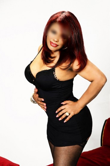 Riana – Sex mit Karibisches Escort Model aus Berlin