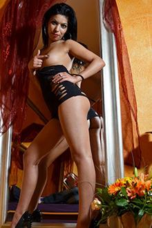 Prostituierte Nancy in Berlin bietet Sextreffen mit One Night Stand